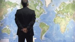 business-man-thinking-world-global-map